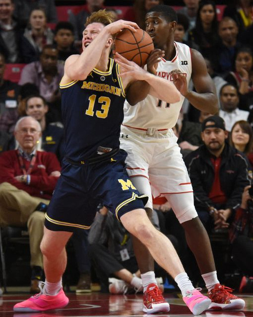 Michigan Forward Ignas Brazdeikis (13) Gets by the Maryland Defender for a Score.